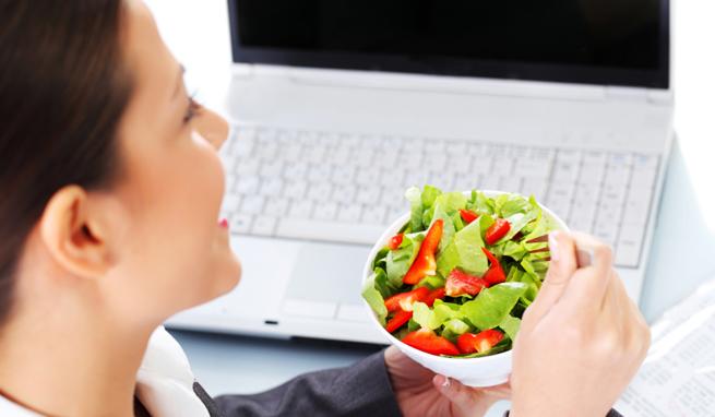 Consejos comer sano en el trabajo buenmercadoacasa for Comida oficina